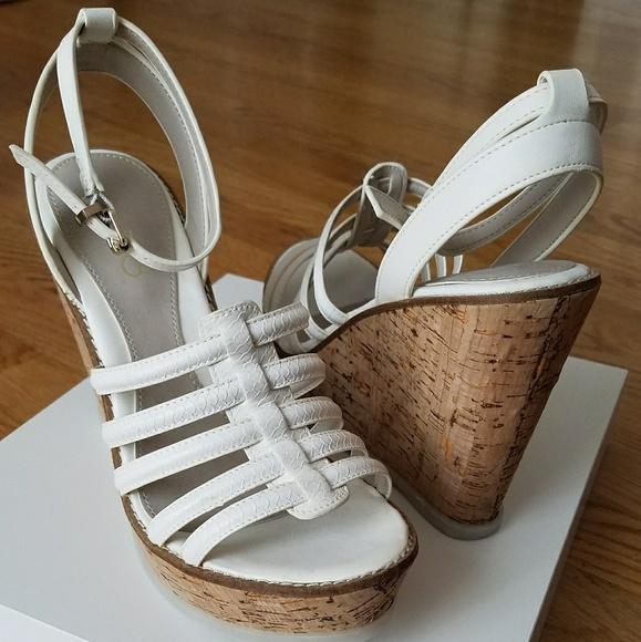 e5b8f5d85ffa Aldo Kairedda Wedge Sandals Size 8